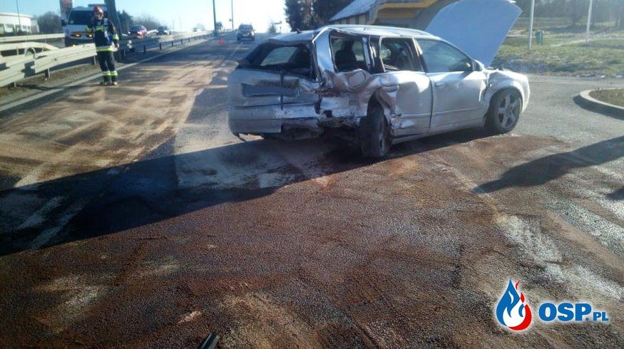 Wypadek trzech samochodów osobowych - 2 grudnia 2018r. OSP Ochotnicza Straż Pożarna