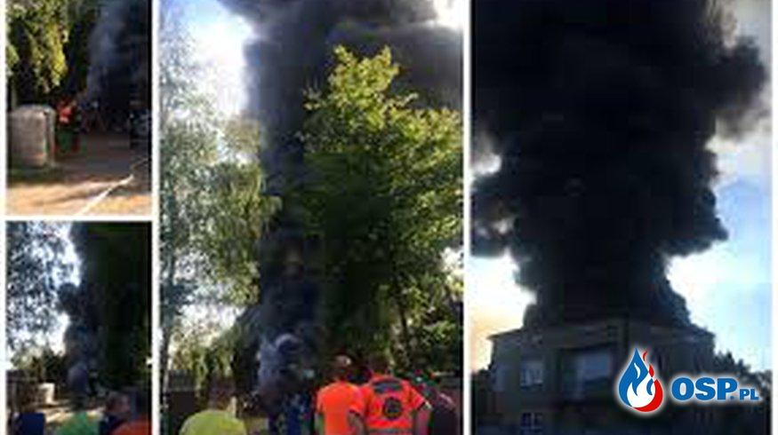Pożar Fabryki doniczek - Trzebiesławice OSP Ochotnicza Straż Pożarna