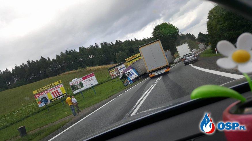 Zderzenie dwóch ciężarówek OSP Ochotnicza Straż Pożarna