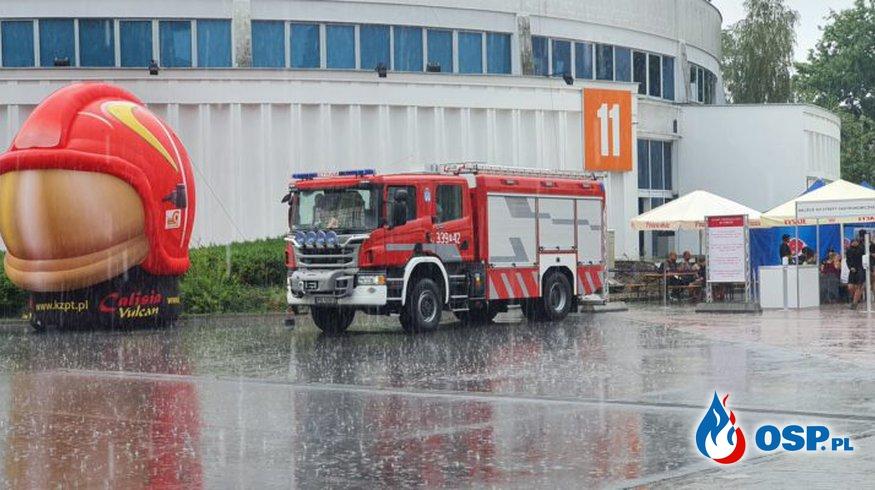 III Ogólnopolski Zlot Czerwonych Samochodów w Poznaniu OSP Ochotnicza Straż Pożarna