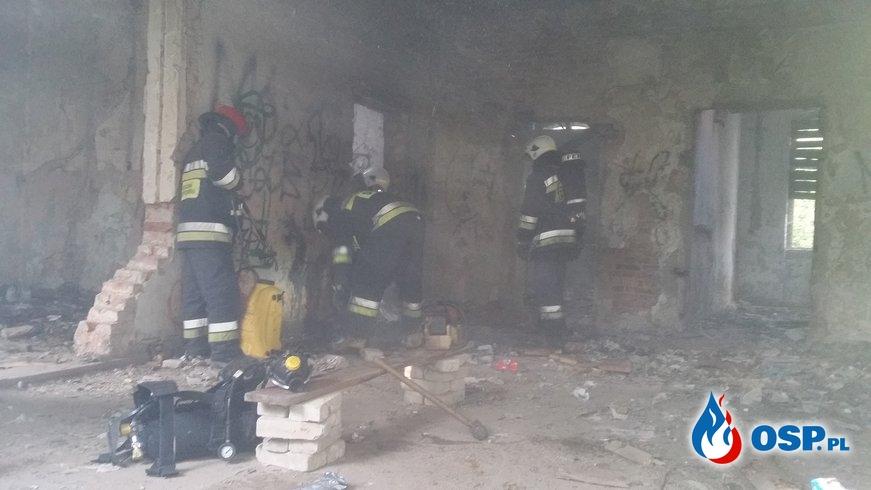 Pożar pustostanu OSP Ochotnicza Straż Pożarna