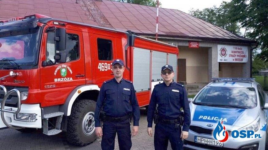 Policjant-strażak OSP w jednej osobie. Podczas patrolu ugasił pożar mieszkania. OSP Ochotnicza Straż Pożarna
