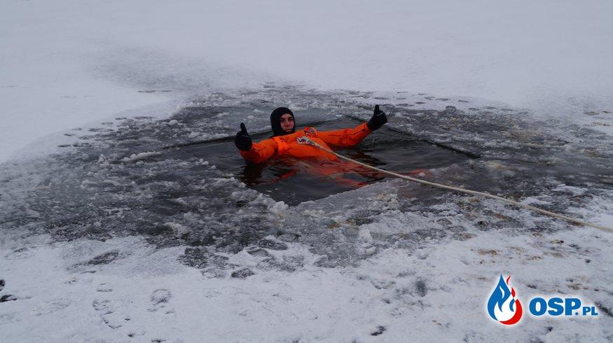 Strażacy ćwiczą na lodzie !!! OSP Ochotnicza Straż Pożarna