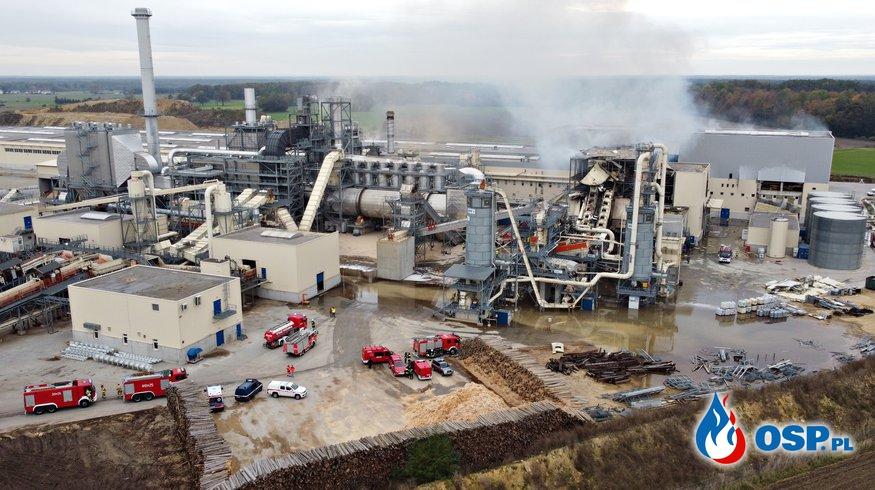 Wybuch w fabryce płyt drewnianych na Opolszczyźnie. W akcji 26 zastępów strażaków. OSP Ochotnicza Straż Pożarna