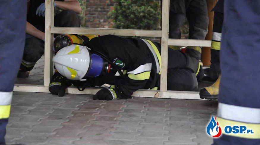 """Ćwiczenia pt. ,,Bezpieczna praca strażaka podczas zdarzeń w strefie niebezpiecznej"""". OSP Ochotnicza Straż Pożarna"""