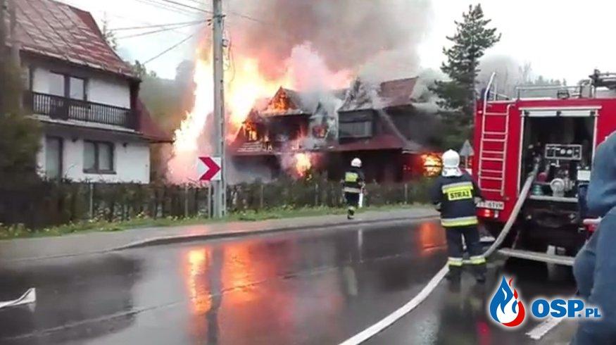 Pożar drewnianego domu w Stasikówce! OSP Ochotnicza Straż Pożarna