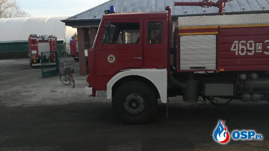 Pożar w hali sportowej OSP Ochotnicza Straż Pożarna