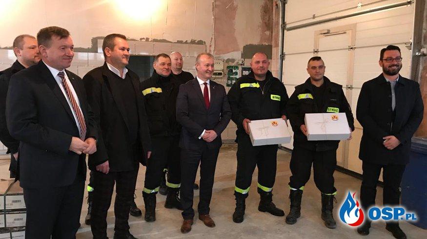 Wizyta posła na Sejm RP i wicemarszałka województwa OSP Ochotnicza Straż Pożarna