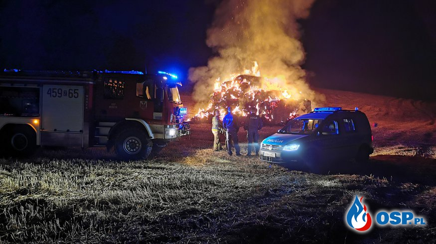 Nocny pożar na polu OSP Ochotnicza Straż Pożarna