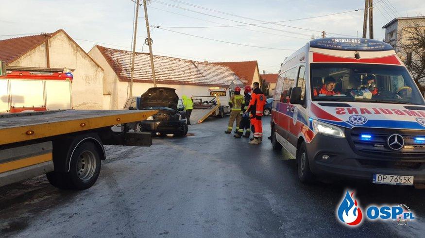 Wypadek drogowy w Domecku OSP Ochotnicza Straż Pożarna
