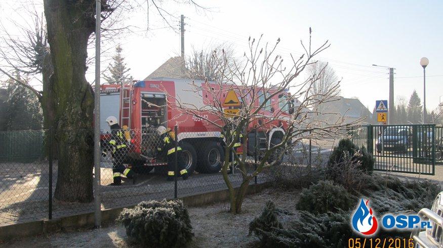 Pożar w Zespole Szkół w Trzcinicy - ćwiczenia OSP Ochotnicza Straż Pożarna