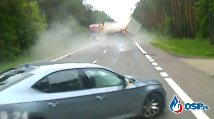 Tak doszło do wypadku na DK 7 pod Unierzyżem. Nagranie z wideorejestratora. OSP Ochotnicza Straż Pożarna