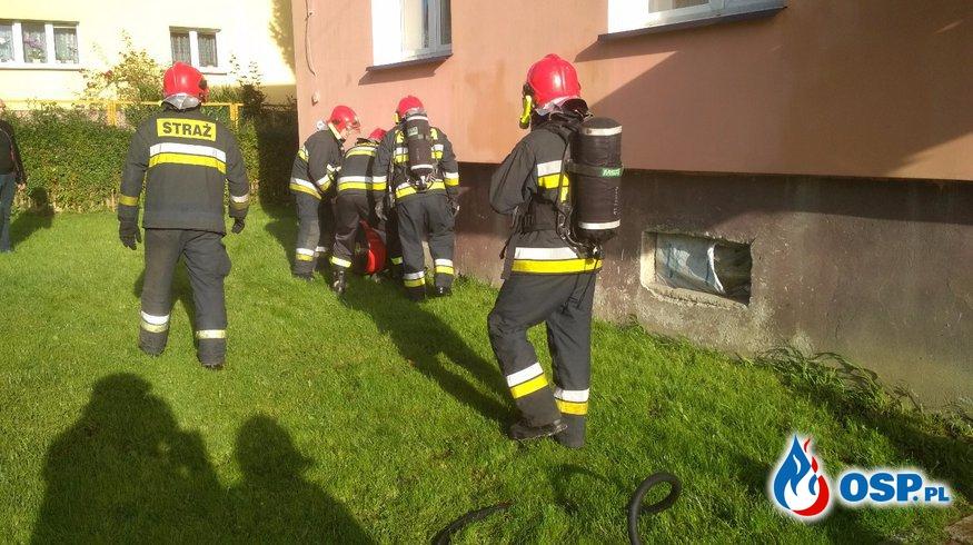 Pożar piwnicy w budynku wielorodzinnym. Cerkwica 06.10.2017r. OSP Ochotnicza Straż Pożarna