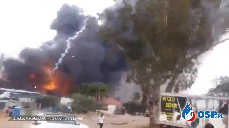Eksplozja i pożar w fabryce fajerwerków w Izraelu. OSP Ochotnicza Straż Pożarna