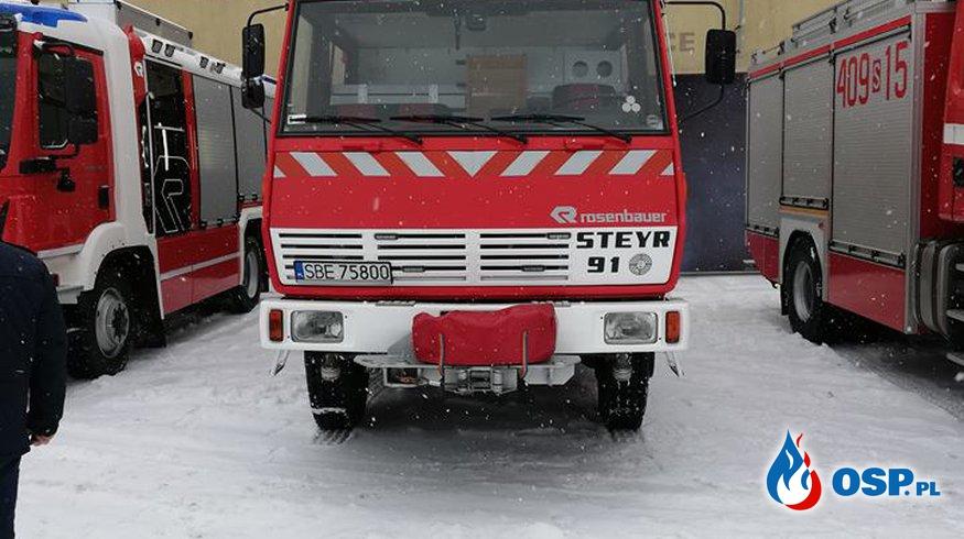 Przekazanie samochodu gaśniczego GBA Steyr. OSP Ochotnicza Straż Pożarna