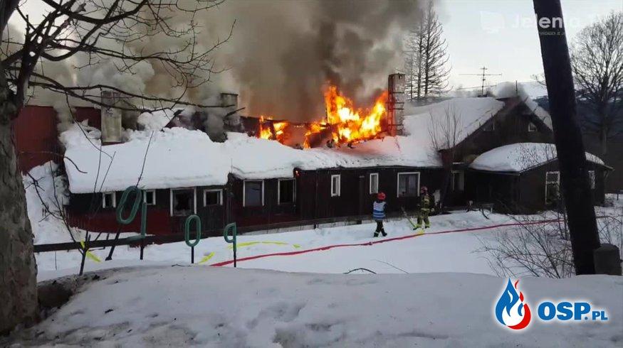 Cztery osoby zginęły w pożarze pustostanu w Szlarskiej Porębie OSP Ochotnicza Straż Pożarna
