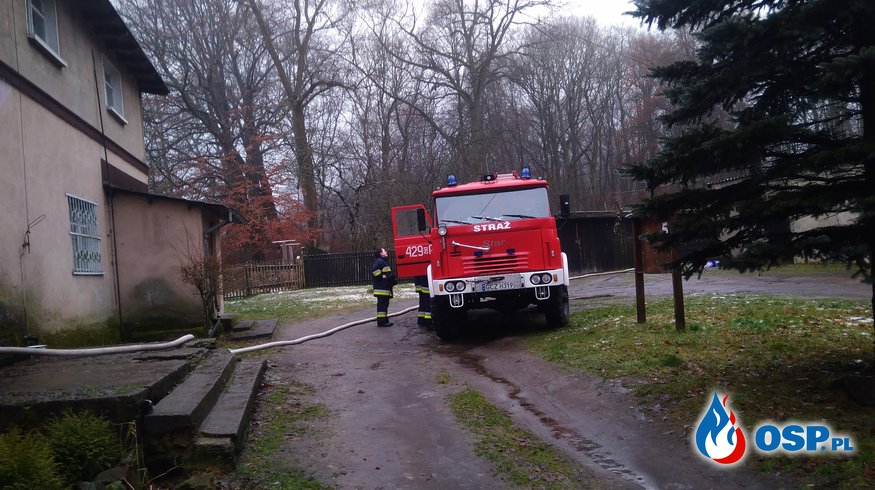 #60 21.12.17 Zalana piwnica w budynku wielorodzinnym m.Biernatka OSP Ochotnicza Straż Pożarna