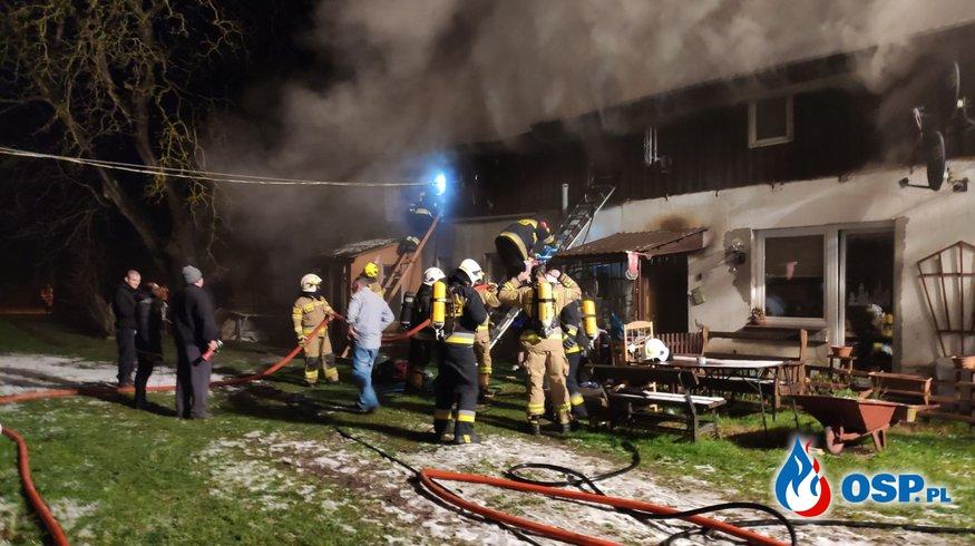 Pożar w domu strażaka OSP Siemyśl. Koledzy z jednostki apelują o pomoc. OSP Ochotnicza Straż Pożarna