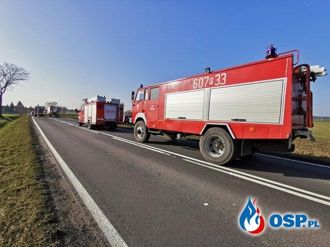 Kolizja drogowa na DW432 w Wyrzece. OSP Ochotnicza Straż Pożarna