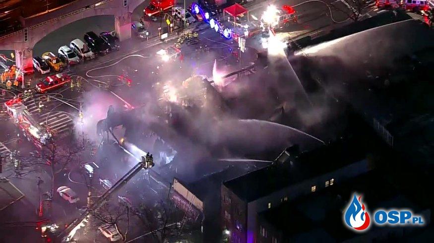 7 strażaków rannych podczas ogromnego pożaru sklepu w USA OSP Ochotnicza Straż Pożarna