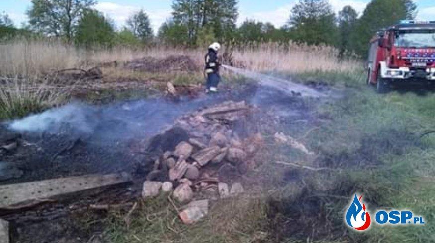 Pożar śmieci i trawy OSP Ochotnicza Straż Pożarna