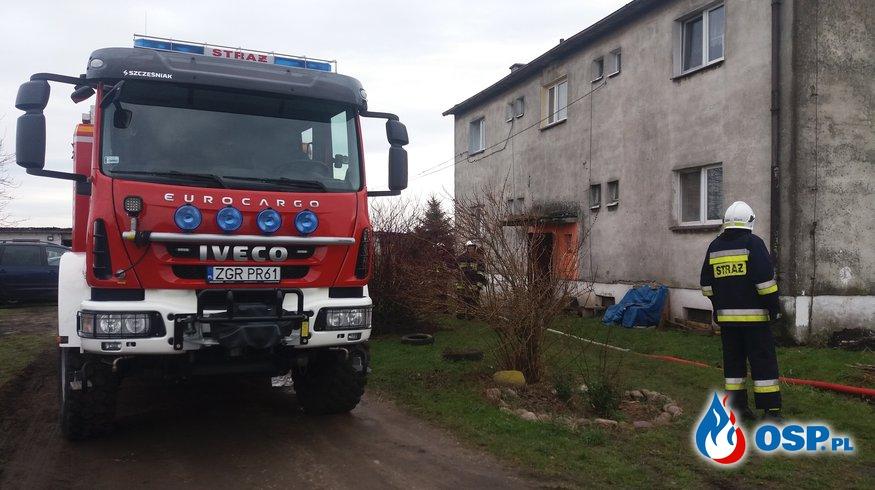 Wody gruntowe nie oszczedzily nawet bloku  OSP Ochotnicza Straż Pożarna