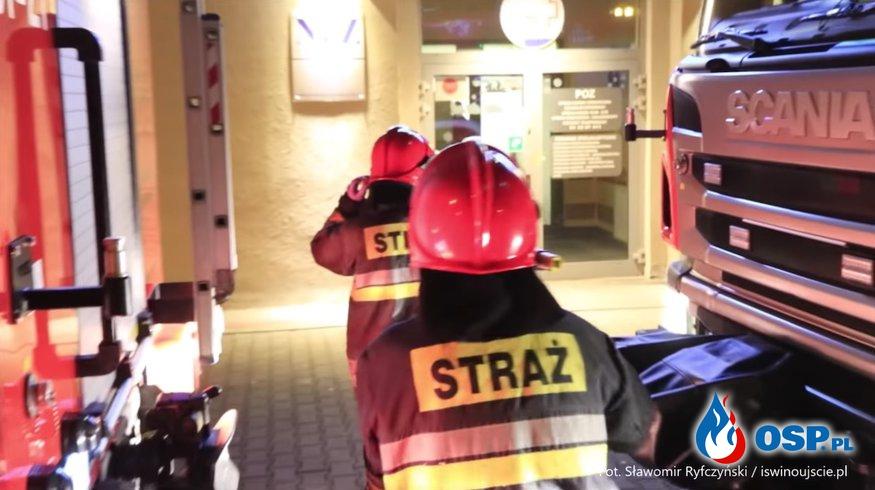 """""""Uratowali męskość pacjenta"""". Strażacy wezwani na pomoc do szpitala. OSP Ochotnicza Straż Pożarna"""