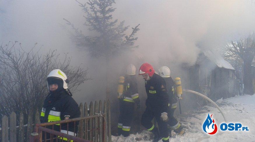 Spłonął we własnym domu. OSP Ochotnicza Straż Pożarna