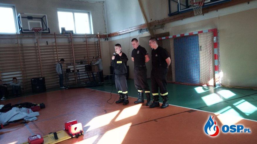 Nietypowa lekcja w szkole podstawowej OSP Ochotnicza Straż Pożarna