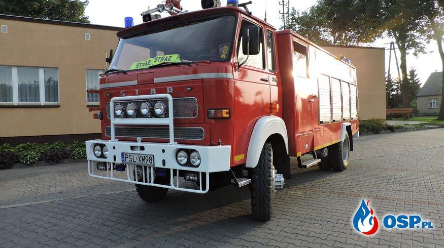 Uroczyste wprowadzenie samochodu do podziału bojowego OSP Ochotnicza Straż Pożarna