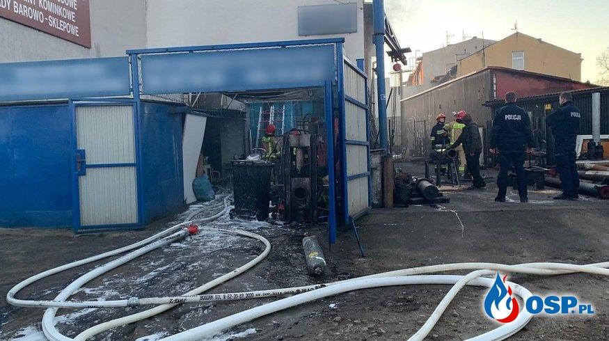 Pożar zakładu hydrauliki siłowej OSP Ochotnicza Straż Pożarna