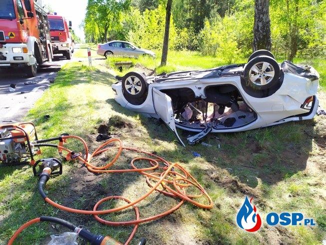 Poważny wypadek 2 pojazdów na DK60 OSP Ochotnicza Straż Pożarna
