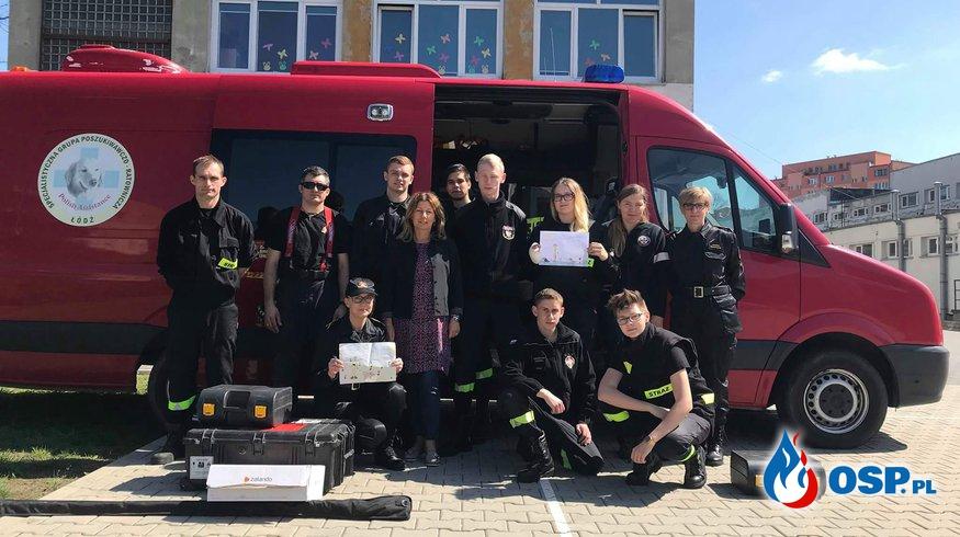 Dzień Bohatera w Szkole Podstawowej nr 137 w Łodzi OSP Ochotnicza Straż Pożarna