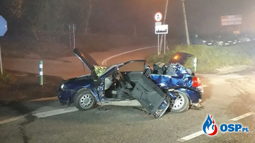 Zderzenie samochodu osobowego z busem OSP Ochotnicza Straż Pożarna