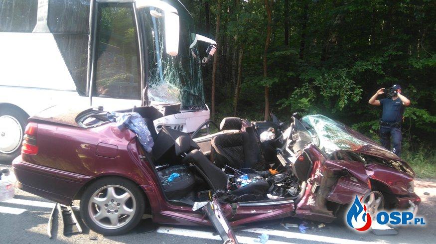 Dramatyczny wypadek z udziałem autokaru z dziećmi OSP Ochotnicza Straż Pożarna