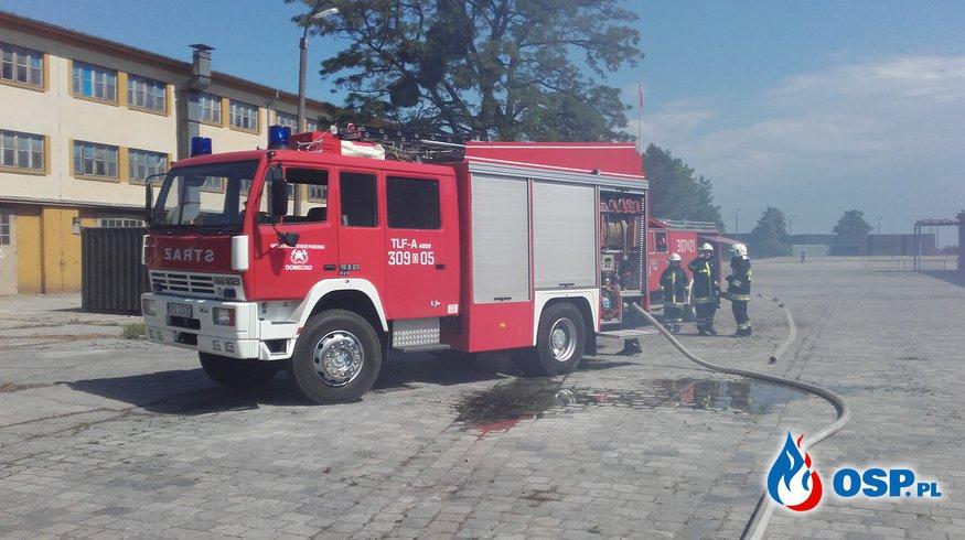 Pożar w jednostce wojskowej w Komprachcicach OSP Ochotnicza Straż Pożarna