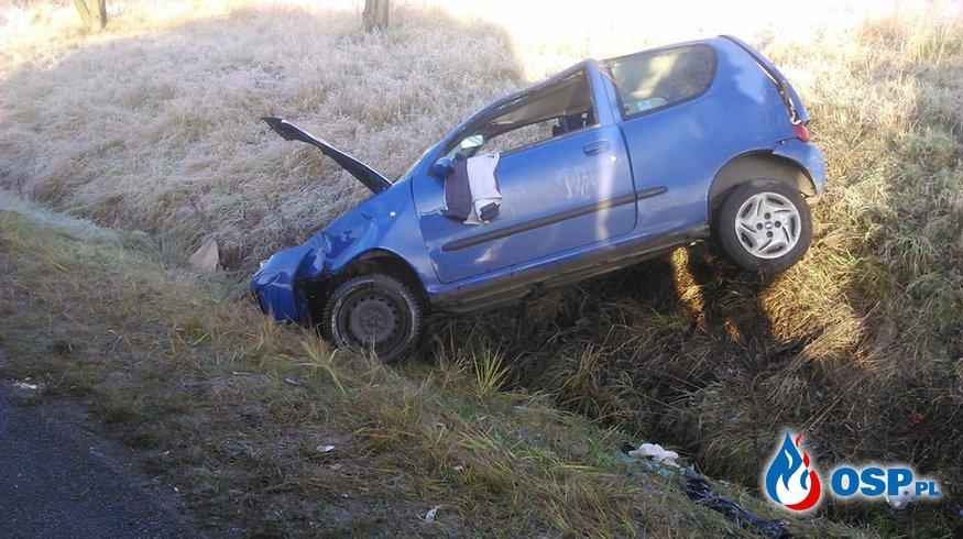 04.12.2015r. 07:59 Wypadek drogowy OSP Ochotnicza Straż Pożarna