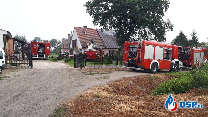 2018-08-30 godz.10:43 pożar poddasza OSP Ochotnicza Straż Pożarna