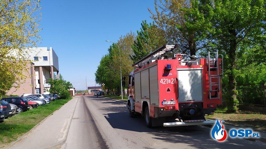 Plama oleju na ulicach Grajewa OSP Ochotnicza Straż Pożarna