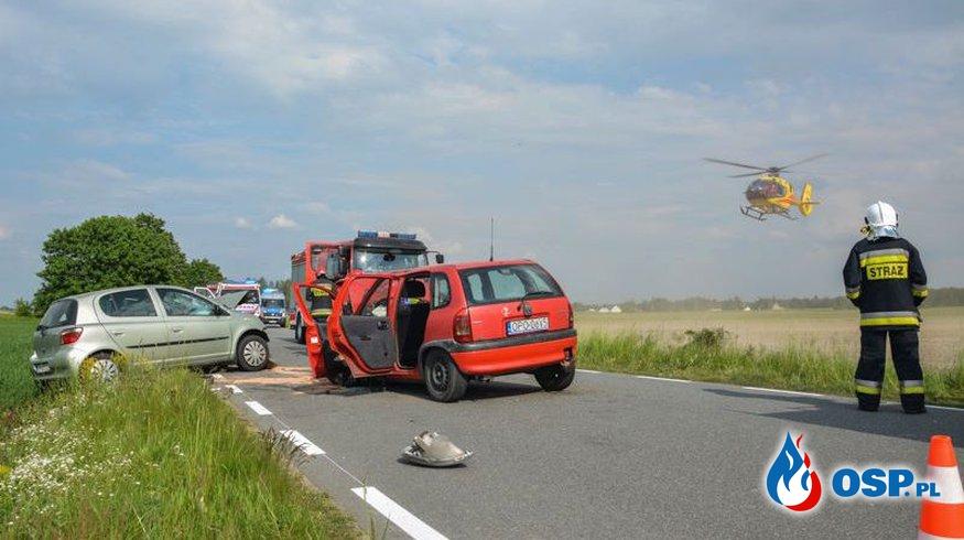Czołowy wypadek pod Opolem. 27-letni sprawca był pijany. OSP Ochotnicza Straż Pożarna