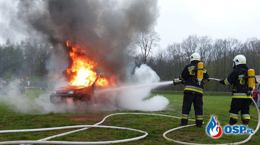 prezentacja sprzętu strażackiego w Mikluszowicach OSP Ochotnicza Straż Pożarna