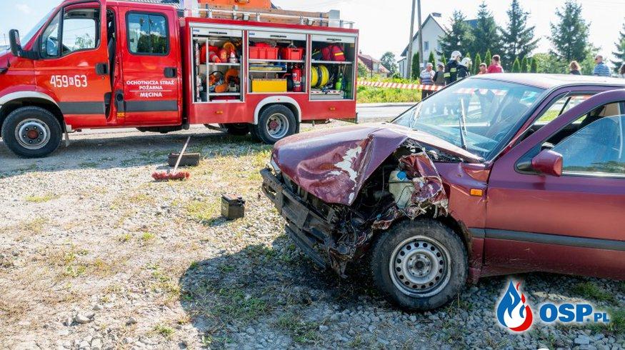 Męcina. Zderzenie czterech samochodów. OSP Ochotnicza Straż Pożarna
