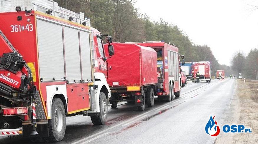 Pożar samochodu ciężarowego z substancją chemiczną! OSP Ochotnicza Straż Pożarna