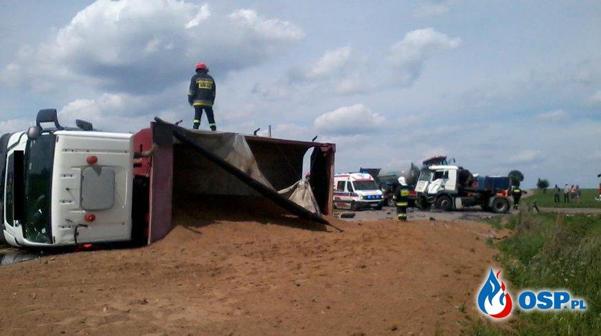 Groźne zderzenie ciężarówek OSP Ochotnicza Straż Pożarna