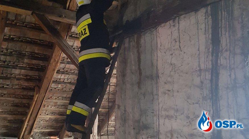 Pożar sadzy w kominie w Gostomi OSP Ochotnicza Straż Pożarna
