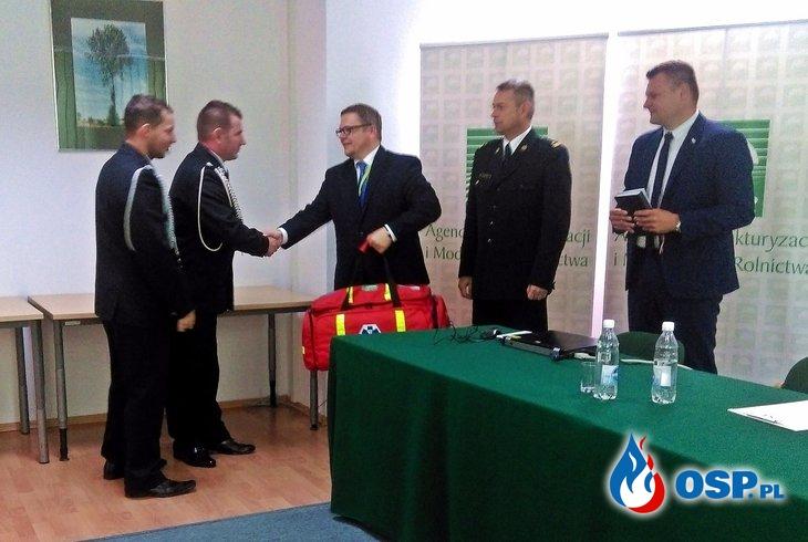 KPP i nowa torba medyczna OSP Ochotnicza Straż Pożarna