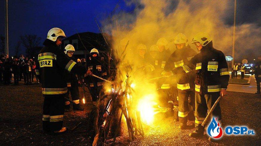 Uroczystość upamiętnienia 1050 rocznicy Chrztu Polski. OSP Ochotnicza Straż Pożarna