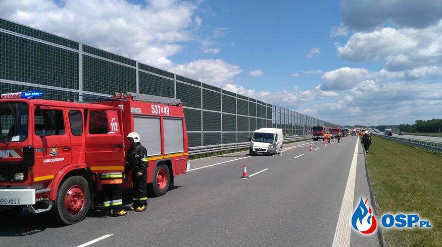 Wypadek na 554 kilometrze autostrady A4 Rzeszów - Kraków. OSP Ochotnicza Straż Pożarna