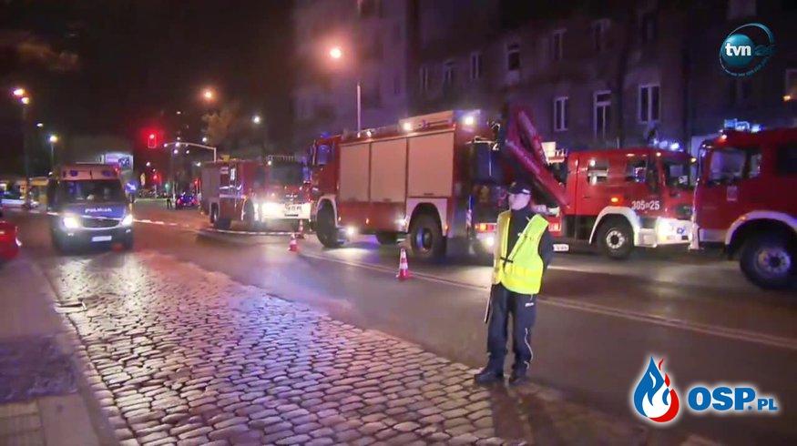 Zawaliła się klatka schodowa jednej z kamienic na warszawskiej Pradze! OSP Ochotnicza Straż Pożarna