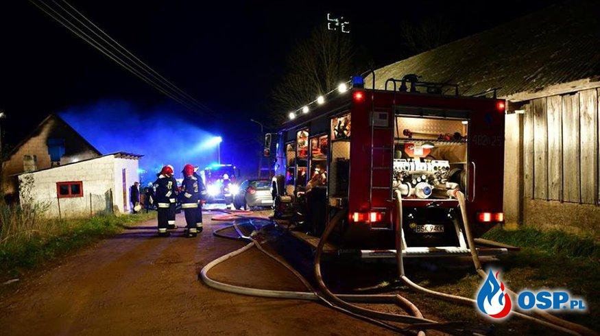 Tragedia na Podlasiu. Dwie siostry spłonęły w pożarze domu w Trzyrzeczkach. OSP Ochotnicza Straż Pożarna